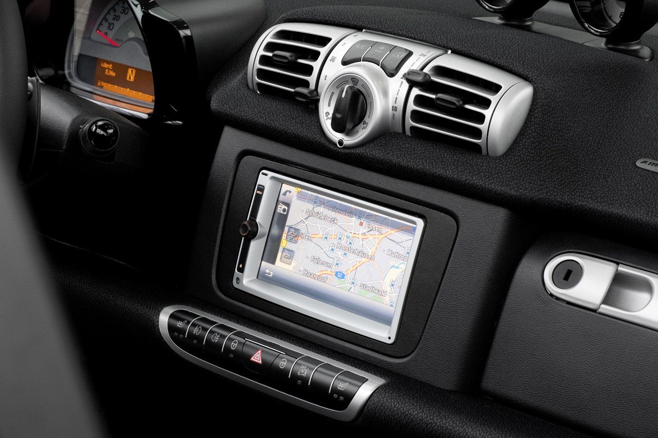 smart fortwo 451 autoradio cadre de finition smart wsc. Black Bedroom Furniture Sets. Home Design Ideas
